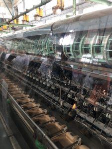 繰糸所の中。ここで繭から生糸を取る作業が行われていました。