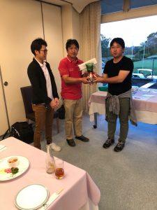 優勝者は植草さん(写真中央)でした。おめでとうございます。