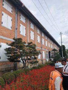 東置繭所。1階は事務所・作業場として使い、2階に乾燥させた繭を貯蔵していました。